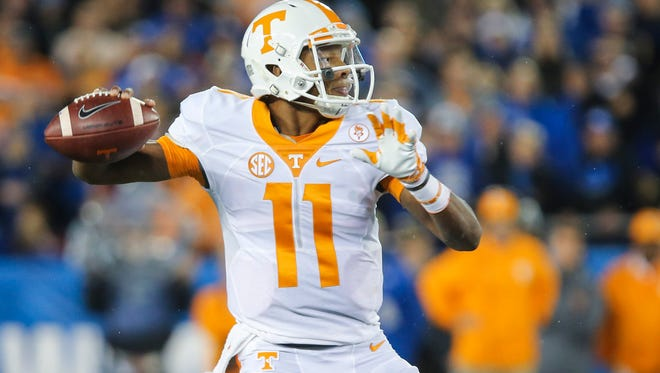 Tennessee quarterback Josh  Dobbs looks for a receiver on Oct. 31, 2015.