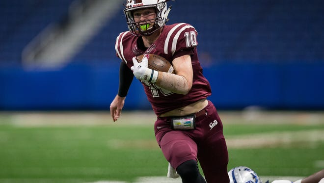 Calallen quarterback Colton Duff was named the Most Valuable Player in District 30-5A's South Zone.