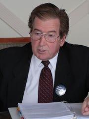 Robert Mueller suggests using city reserves in ways