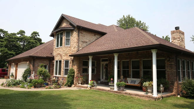 Jean and Ronnie Shelley built their retirement dream home on two acres in southeast Springfield.