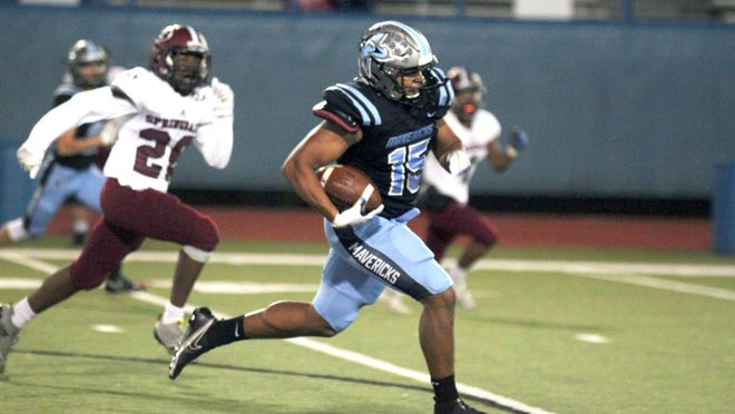 Southside tight end Dmitri Lloyd catches a pass and races 62 yards for a touchdown against Springdale at Jim Rowland Stadium on Nov. 6.