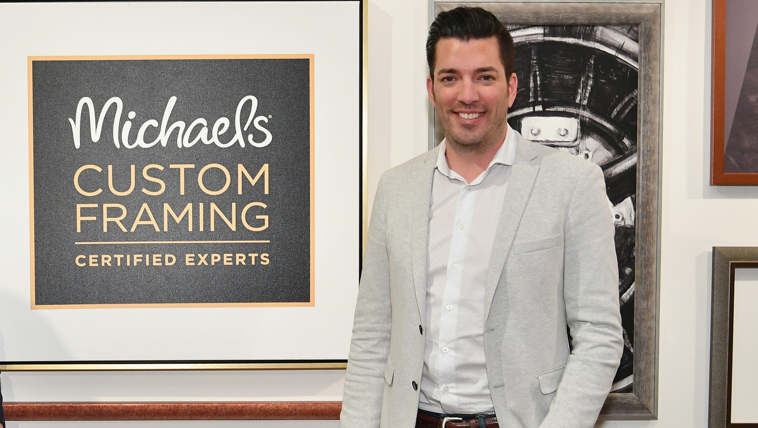 """who r the property brothers dating This is the most humbling, unexpected, fantastic place to be in my life,  how  property brothers' drew and jonathan scott knew their  by their second date,  """"she could finish my jokes before i hit the punch line,"""" he recalls."""