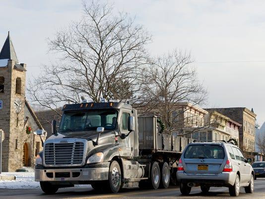 20150114_Trucks_Dryden_sw