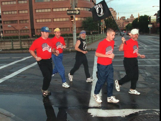 1996 file photo: Runners take off for a trip to Albany