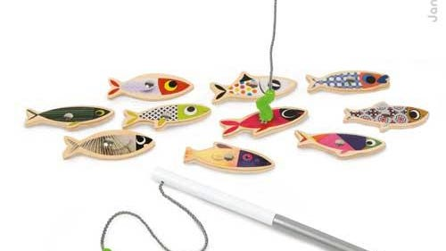 The plastic worm at the end of the fishing pole line of two models of the Juratoys fishing game, Sardines and Starfish, can separate, producing small parts that pose a choking hazard to children.