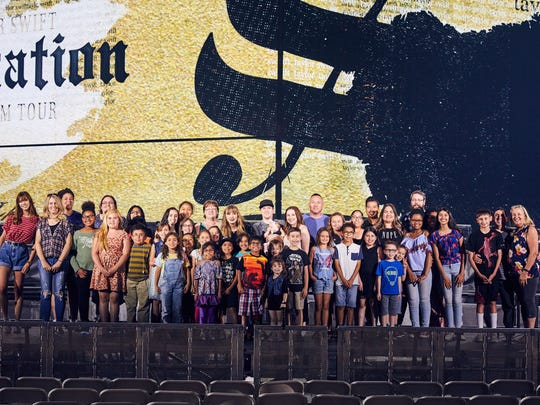 Taylor Swift opened her final dress rehearsal for her Reputation stadium tour to 2,000 foster and adoptive kids and their families over the weekend.