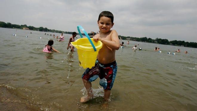 Morse Beach offers a sandy beach that's perfect for picnicking and building sand castles.
