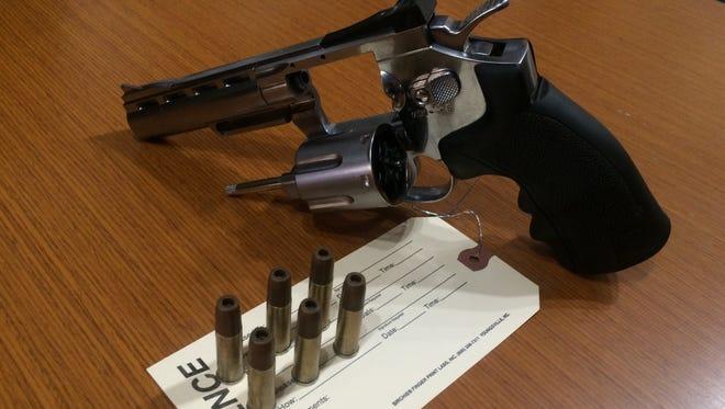 The replica also had removable bullets.