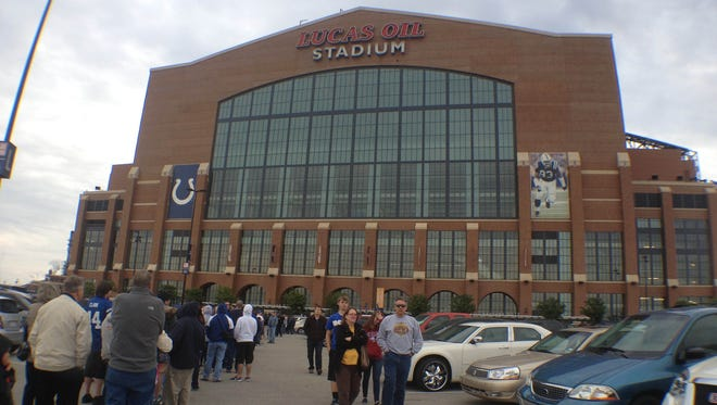 Fans line up for the Colts draft night party at Lucas Oil Stadium, Friday, April 27, 2012 Michelle Pemberton /  The Star