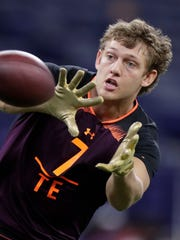 Iowa tight end T.J. Hockenson runs a drill at the NFL scouting combine in Indianapolis on March 2, 2019.