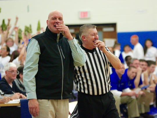 It's not all bad blood between coaches and officials.