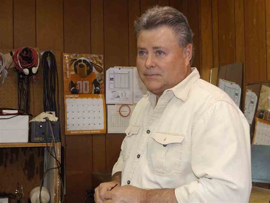 Gary Darnell has worked at TV & Radio Clinic in Kingsport,
