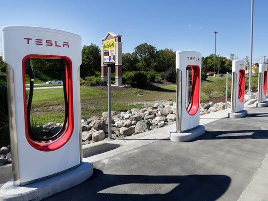 Tesla to open Sheboygan Supercharger station