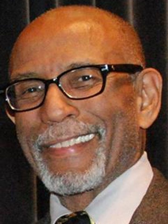 635907883320989124-Elbert-Guillory.jpg