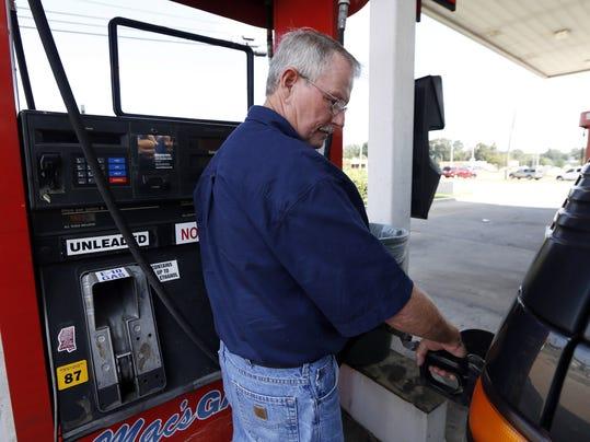 Gasoline Under 3_Atki.jpg