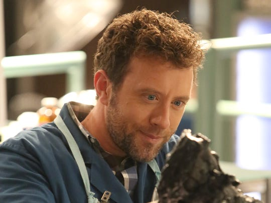 King of the lab: Hodgins (TJ Thyne) was named interim