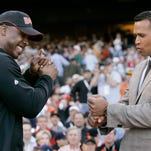 FILE - In this July 9, 2007 photo, Alex Rodriguez, right, of the New York Yankees, compares grips with Barry Bonds, of the San Francisco Giants. Rodriguez is getting hitting tips from Bonds as the Yankees third baseman prepares to return from a season-long suspension.