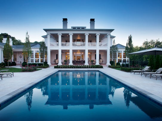 At this Greek Revival home in Leiper's Fork, the saltwater