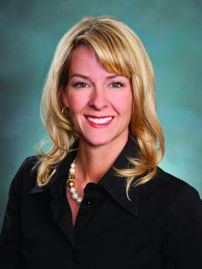Michelle De Blasi joined Gammage & Burnham in Phoenix as a Member of the firm practicing in energy and environmental matters.