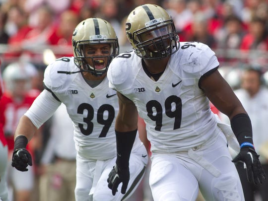 The Dallas Cowboys drafted Purdue defensive end Ryan Russell, 99, in the fifth round.