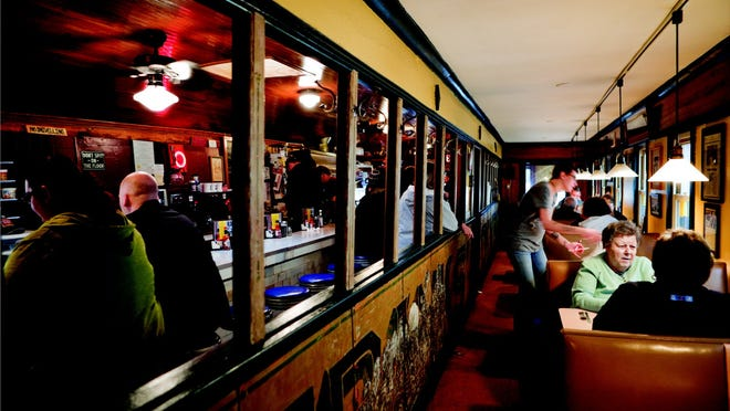 Anthony Franks opened Franks Diner in Kenosha in 1926. He expanded the business with a small dining room in 1934.