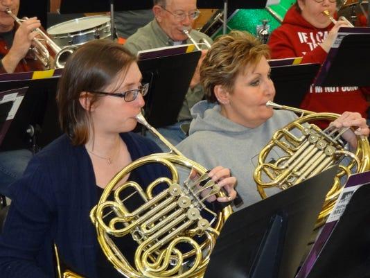 NEW Band French horns.JPG
