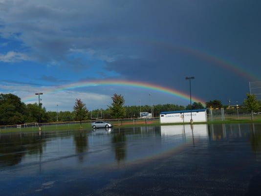 DCA 0921 Olivia rainbow