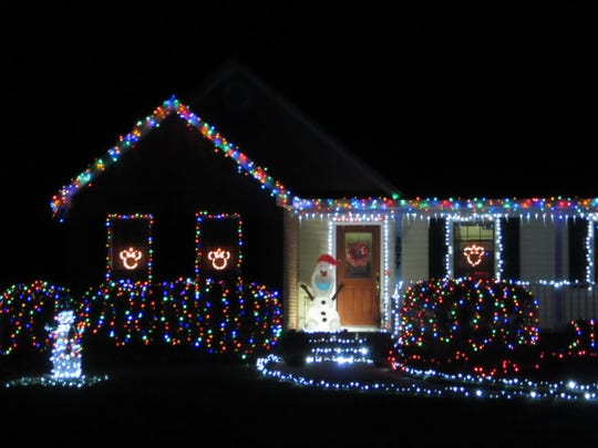 Tour of Lights: 3077 Killearn Pt. Court, Tallahassee