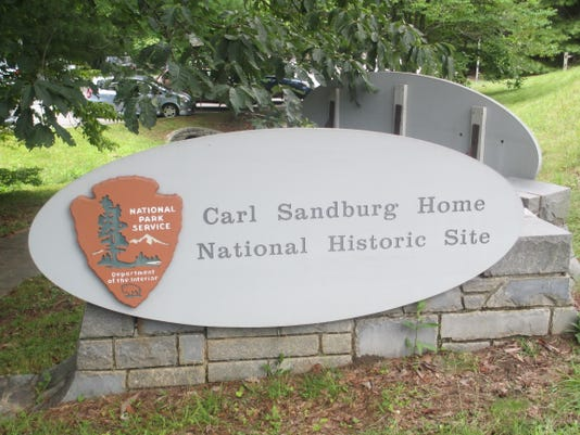 Carl_Sandburg_National_Historic_Site_sign.JPG