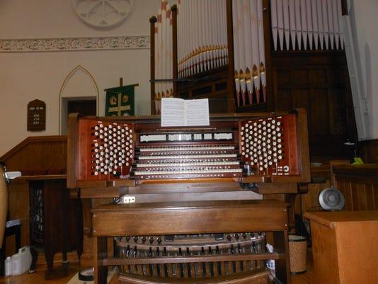 Pipe Organ 2.JPG