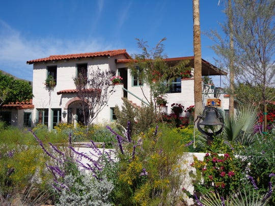 Discover the most beautiful landscapes in the desert designed and tended by devoted home gardeners.