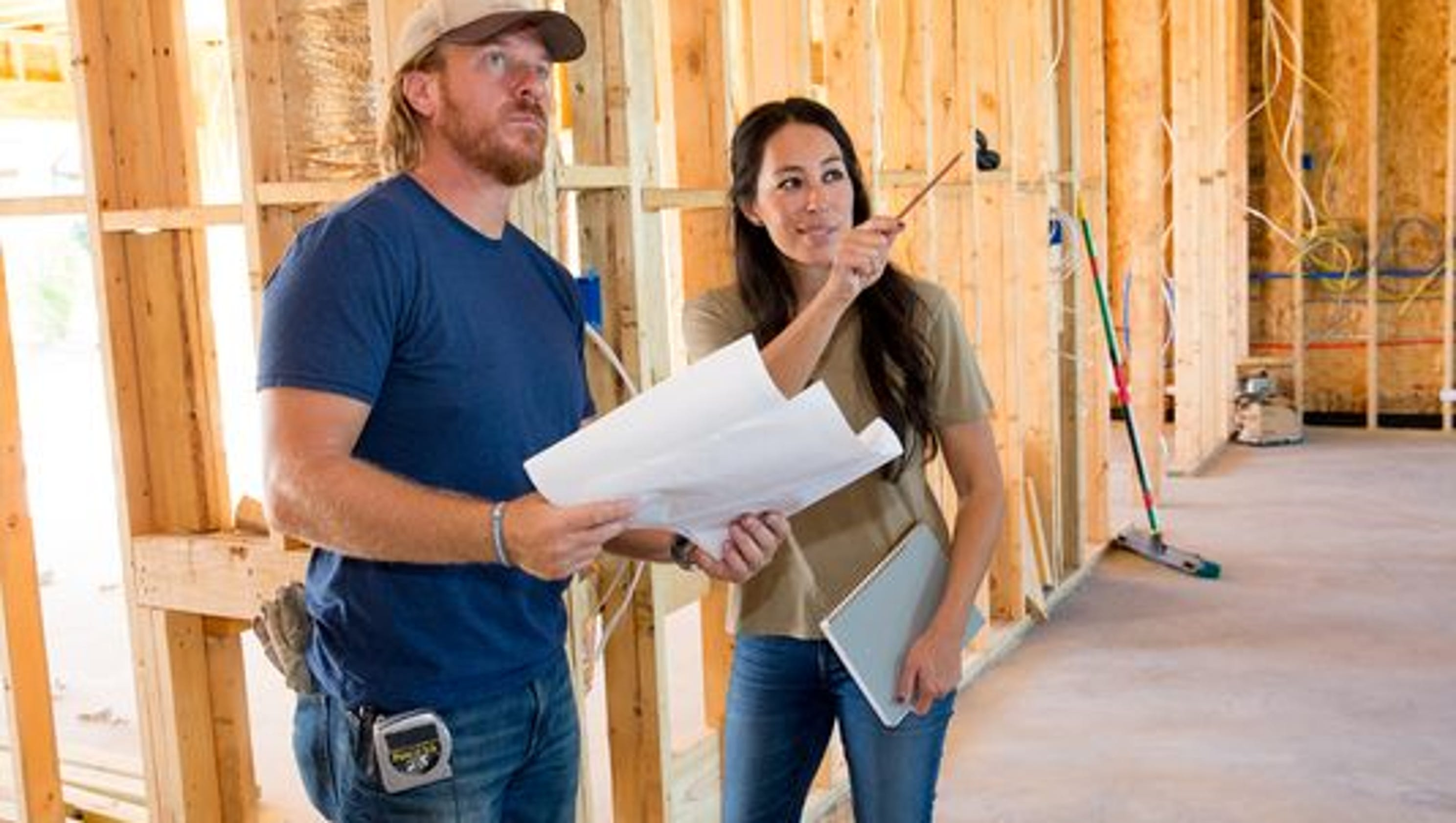 39 Fixer Upper 39 Chip And Joanna Gaines Fined By Epa For Lead
