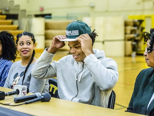 Miles Bridges-basketball recruit