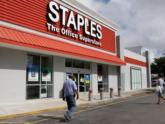 AP STAPLES POSSIBLE BREACH F FILE USA FL