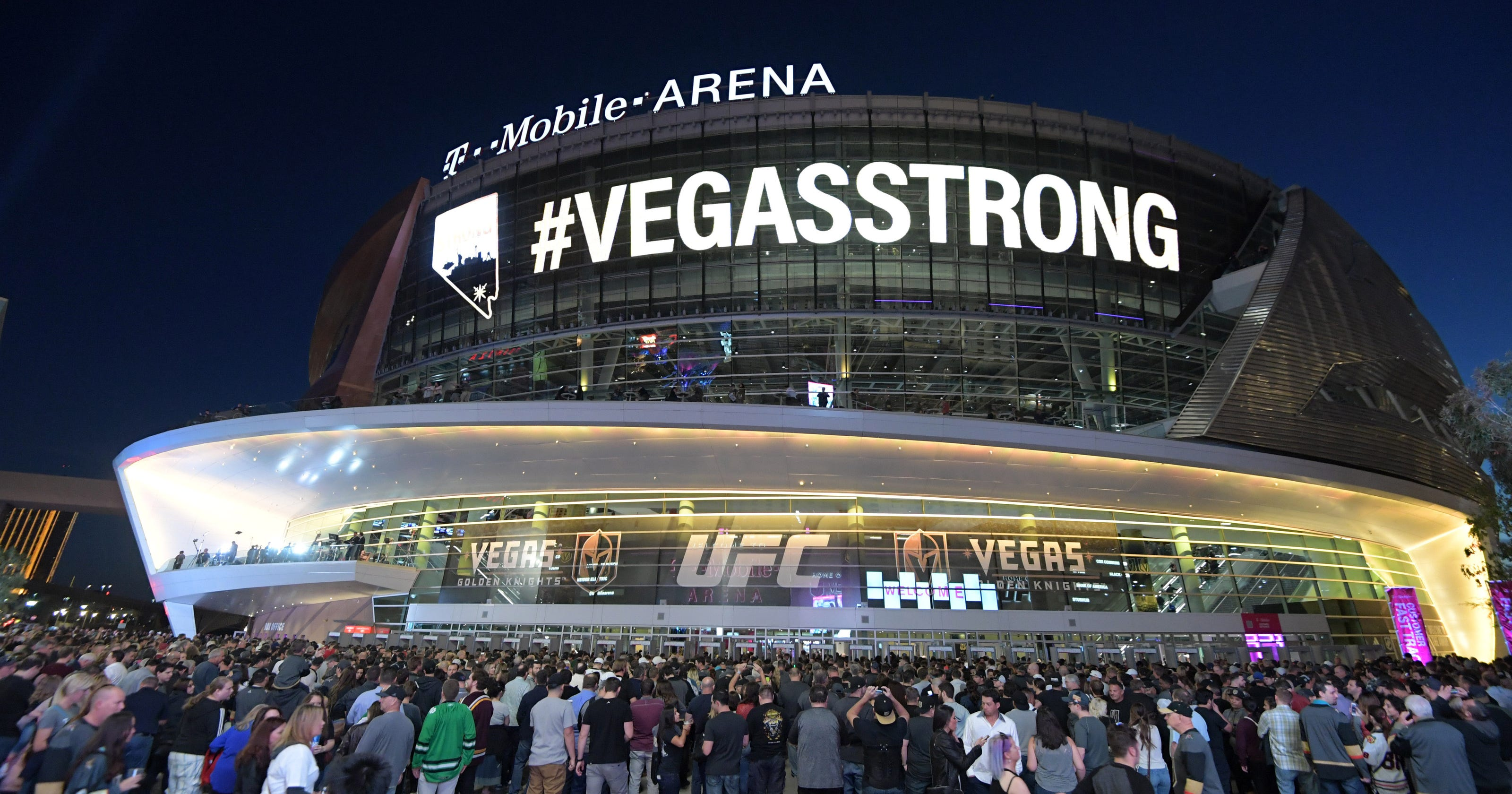 golden knights 39 ceremony honors las vegas shooting victims first responders. Black Bedroom Furniture Sets. Home Design Ideas