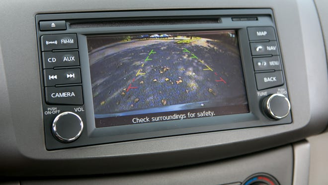 The 2013 Nissan Sentra has a rear view camera.