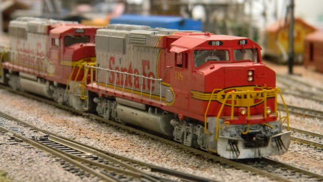 HO-gauge Santa Fe engines appear lifelike when photographed close up. All that's missing is the engine exhaust.