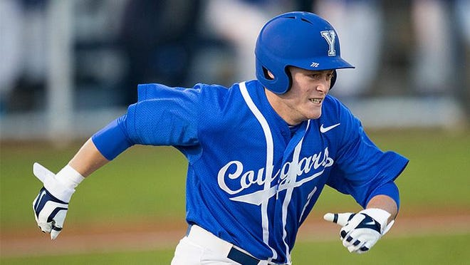 BYU's Brennon Lund has signed to play for the Battle Creek Bombers for the 2015 Northwoods League season.