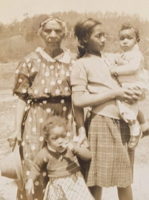 Mary Hayden, 84, with her granddaughter, Mary O. Burnette, about 1942 and two of Hayden's great-grandchildren.