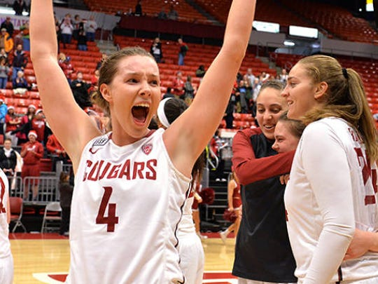 Washington State's Louise Brown will transfer to Tennessee for next season.