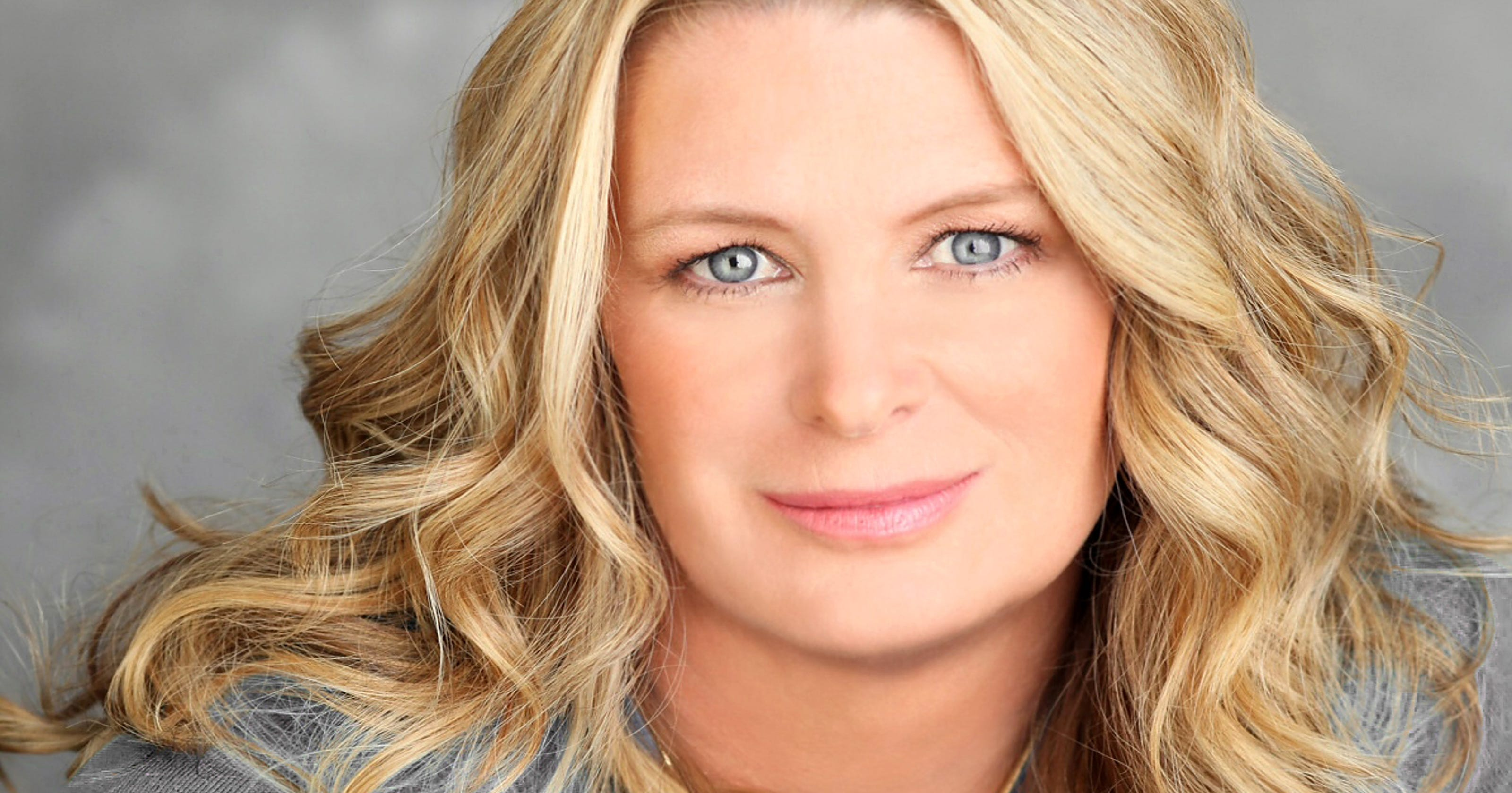 BookmarkThis Author Kristin Hannah I Want To Write A Book You Cant Put Down