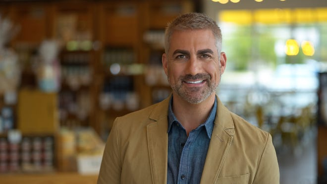 A Nov. 19 episode of cable food show State Plate, hosted by former American Idol winner Taylor Hicks, will feature Lansing resident Barb Barton.