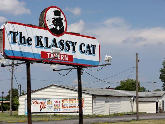636661491169731027-Klassy-Cat-3.jpg