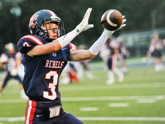 Hayden Clause catches a pass as Teurlings Catholic