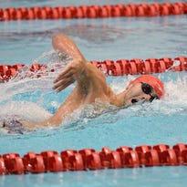 Blake Pieroni helps Indiana stay in hunt for men's swimming title