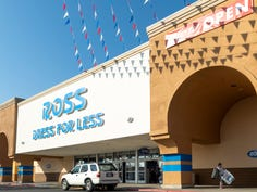 Tulare Pavillion gets new stores, drawing shoppers