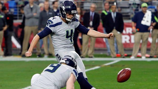 Seattle Seahawks kicker Steven Hauschka (4) during an NFL football game against the Arizona Cardinals, Sunday, Jan. 3, 2016, in Glendale, Ariz.