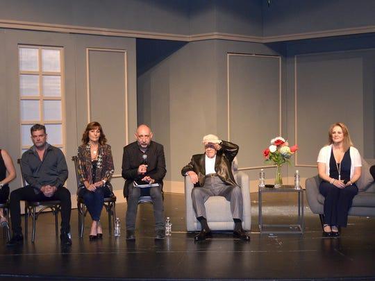 """En """"El Padre"""", Ignacio trabaja al lado de Érika Buenfil, Sergio Basáñez, Adriana Nieto, Lisardo y Lucero Lander."""