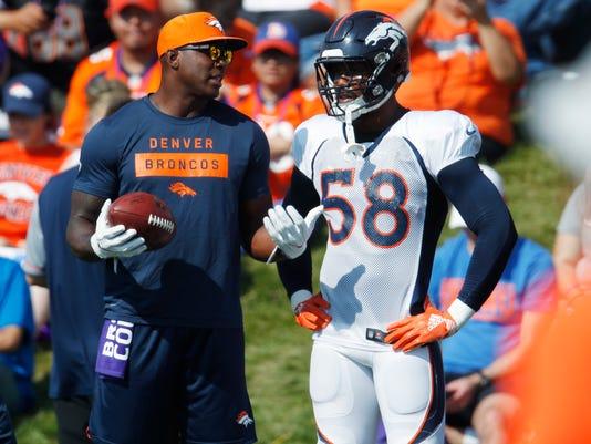 Broncos_Football_49408.jpg