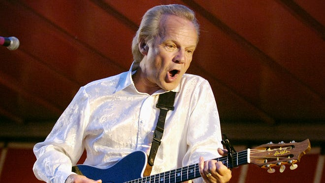 Bobby Vee takes the stage during Joetown Rocks on July 3, 2008, in St. Joseph.
